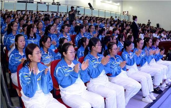 """全国首家""""护理与照护教育实践基地""""在东北师大人文学院挂牌"""