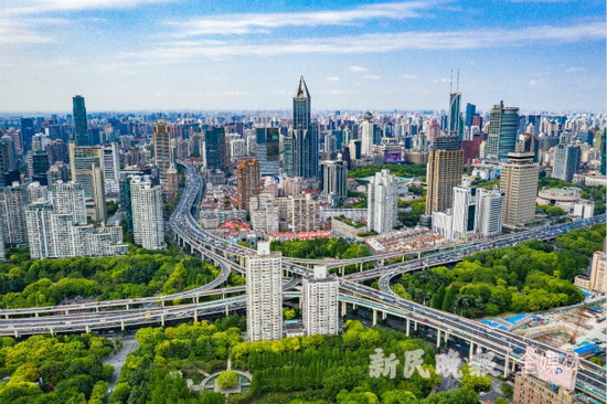 推进城市治理现代化和治理能力现代化,上海在