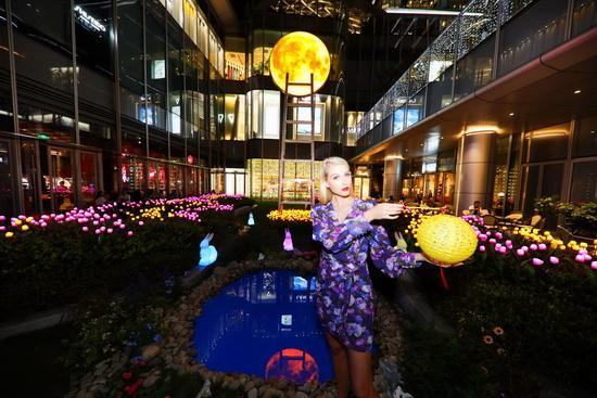 国际级艺术大师Leonid Tishkov 巨型皓月艺术