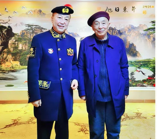 人民警察使命伟大光荣 访香港华侨华人总商会